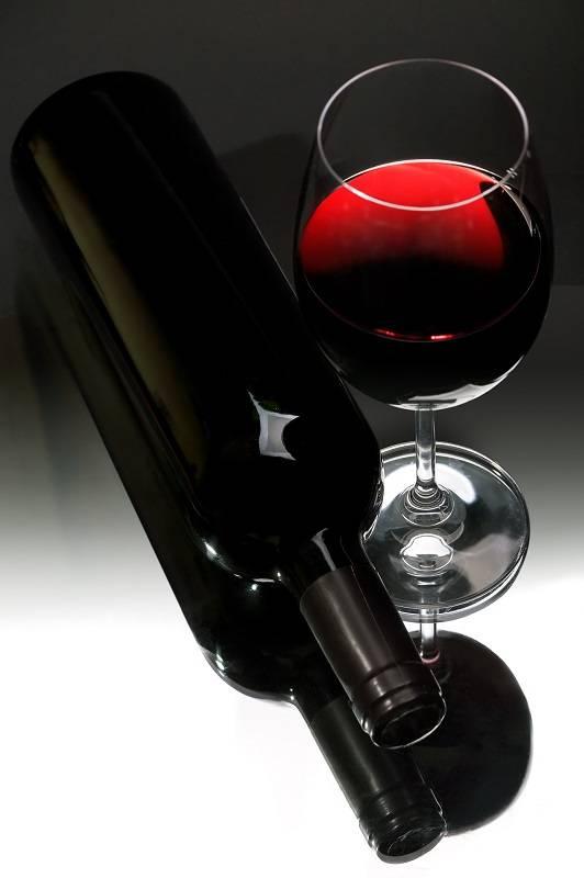 Как исправить кислое вино
