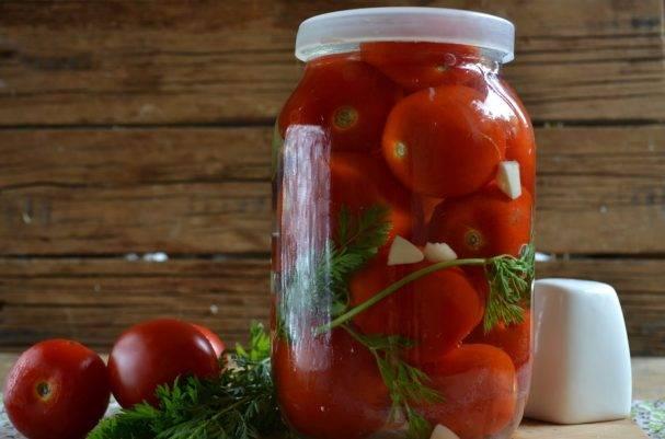 Рецепт приготовления маринованных помидоров с вишневым листом на зиму