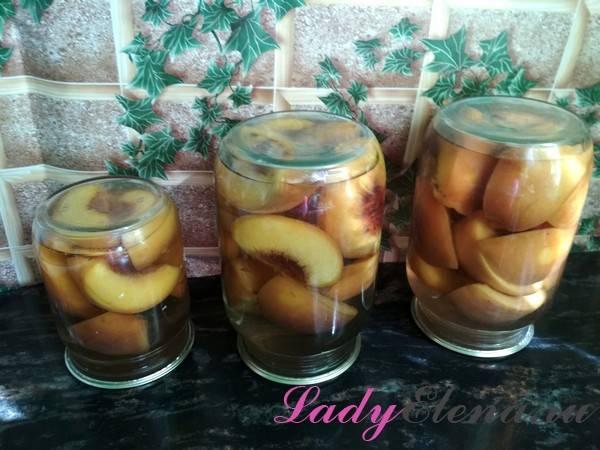 Компот из персиков на зиму — простые рецепты на 3 литровую банку и 1 литр