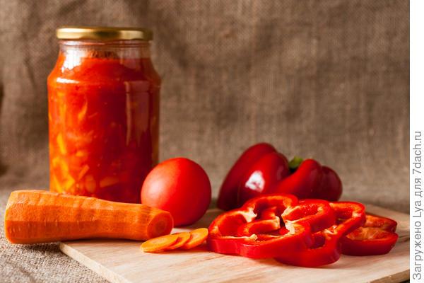 ТОП 5 рецептов консервированного перца с морковью на зиму