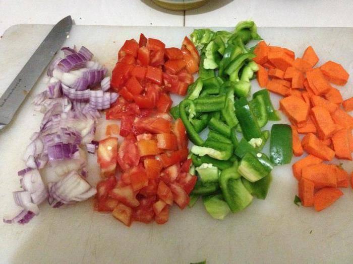 Венгерская закуска: рецепт на зиму с морковью и перцем, условия хранения