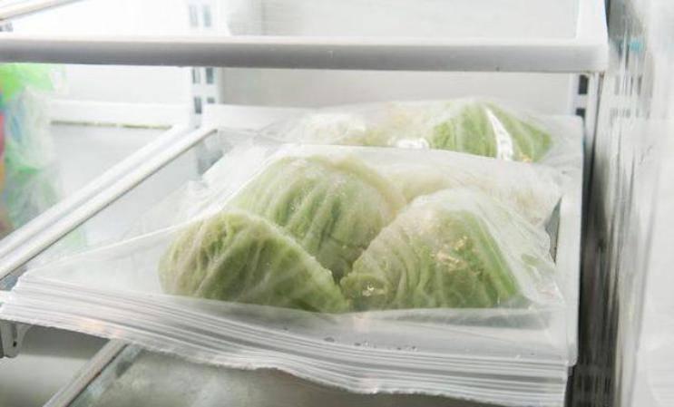 Можно ли капусту морозить на зиму. можно ли замораживать капусту в морозилке?