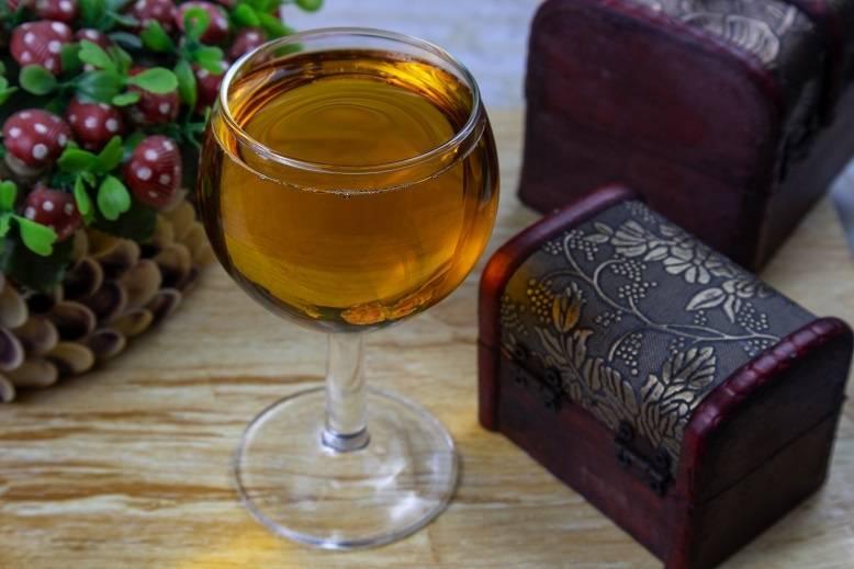 Простые пошаговые рецепты домашнего вина из яблока сорта «ранетки»