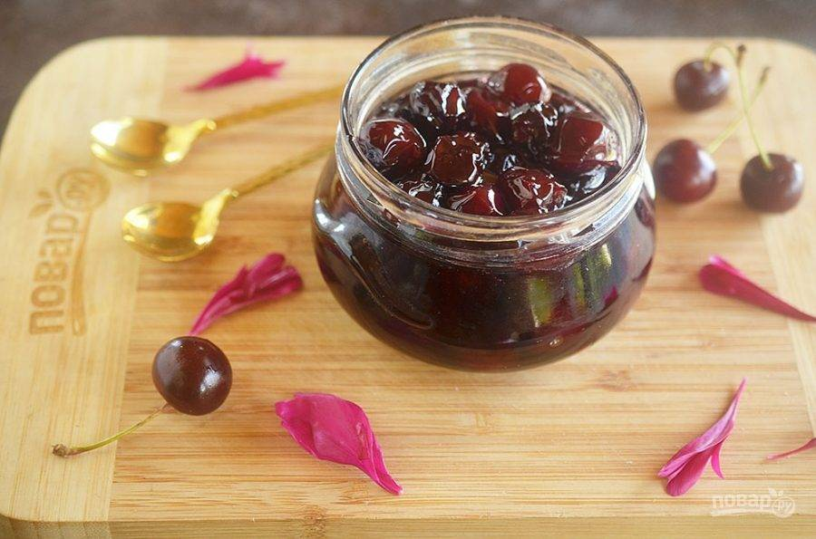 ТОП 3 вкусных рецепта приготовления на зиму желе из кизила