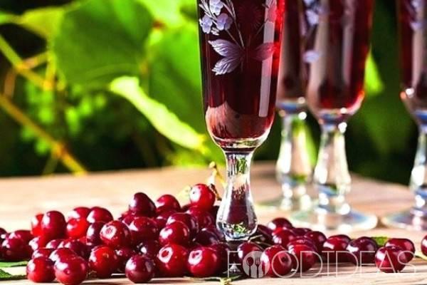 Вино из вишни с косточками в домашних условиях: рецепт с фото