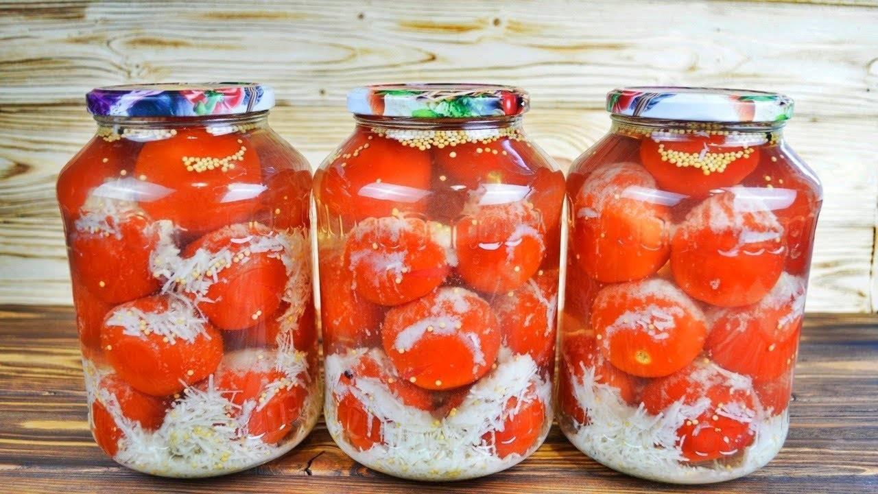 Помидоры в снегу с чесноком на зиму: рецепт консервирования с видео. ароматные и сладкие помидоры «под снегом» с чесноком на зиму