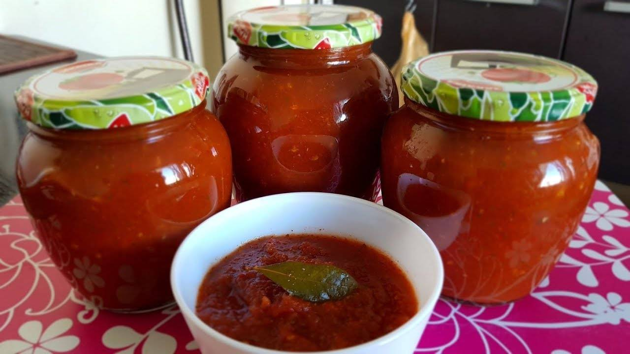 Рецепт томатного соуса с яблоками на зиму