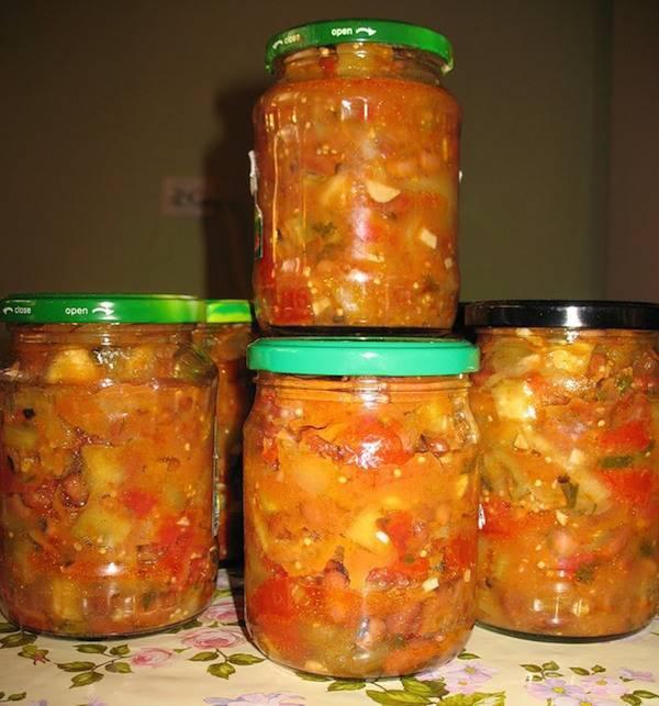 Салат на зиму из кабачков и баклажанов