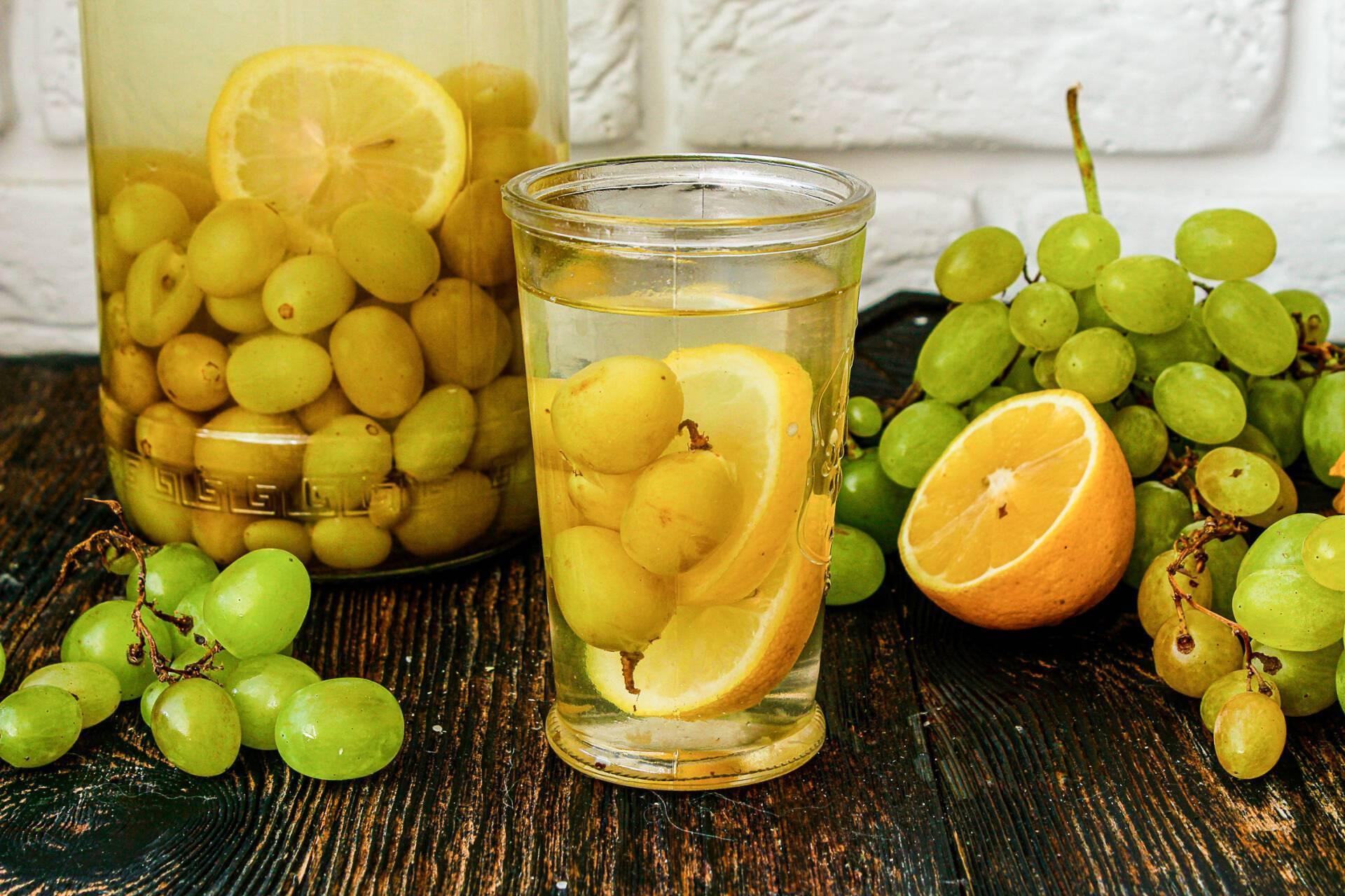 Компот из винограда и яблок: золотые рецепты с фото