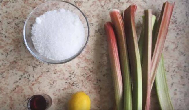 Варенье из ревеня: 8 вкусных рецептов