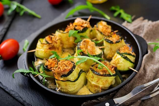 Как запечь кабачки в духовке быстро и вкусно: 11 рецептов приготовления