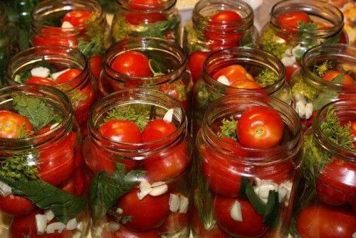 Топ 10 самых вкусных рецептов помидоров в томатном соке на зиму