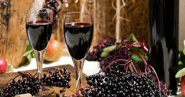 8 простых рецептов приготовления вина из черемухи в домашних условиях