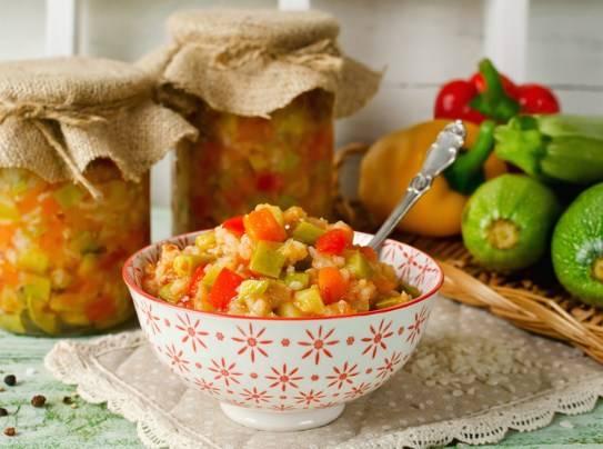 Аджика из кабачков с томатной пастой на зиму