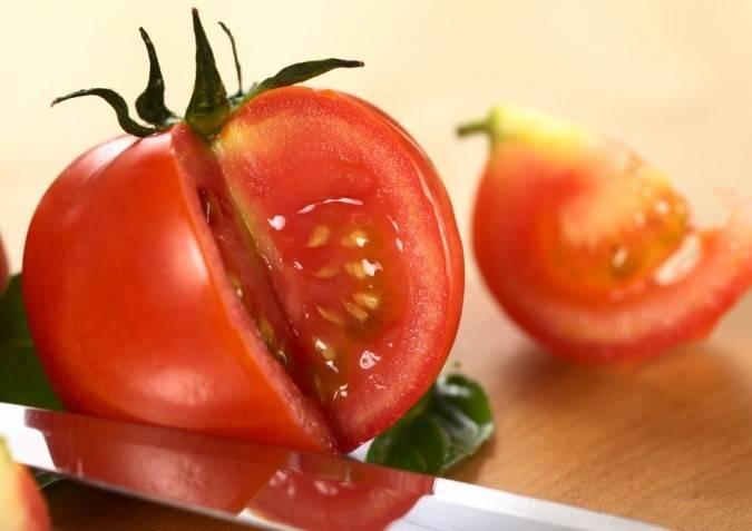 Стоит ли обрабатывать семена томатов перед посадкой и как это сделать