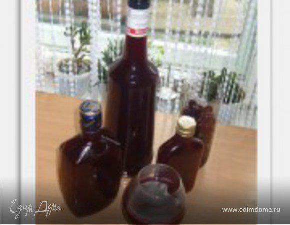 Вино из жимолости — от простого к сложному