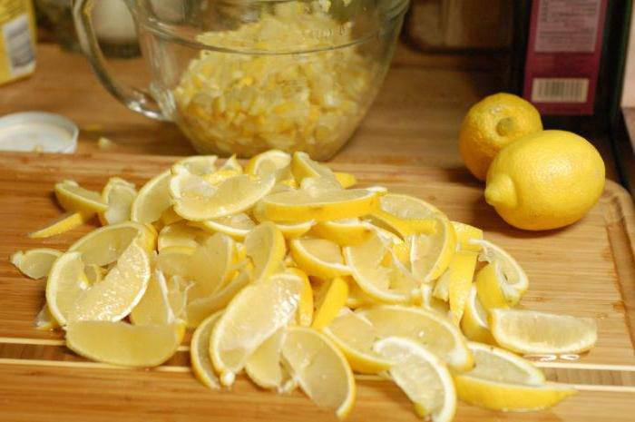Лимон с сахаром в банке. рецепт для здоровья
