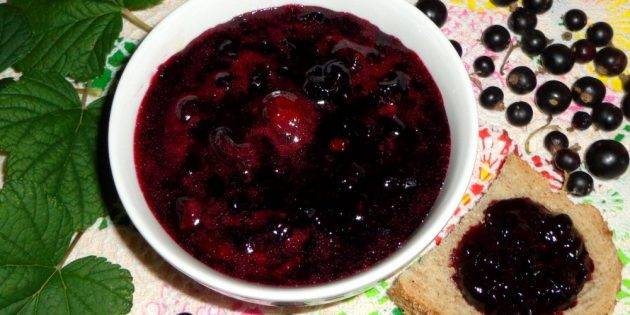 10 простых рецептов: как приготовить желе из черной смородины