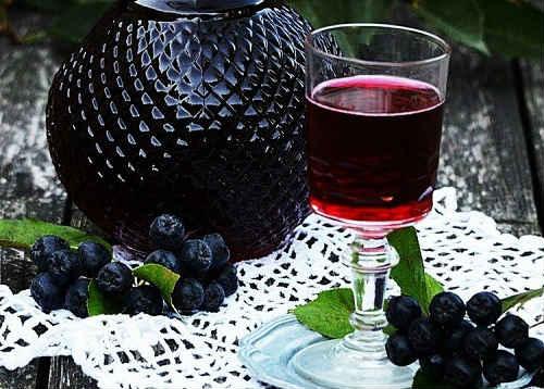 Варенье из черноплодки — 4 вкусных рецепта с фото