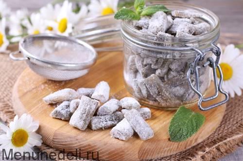Необычные цукаты из ревеня: лучшие рецепты приготовления