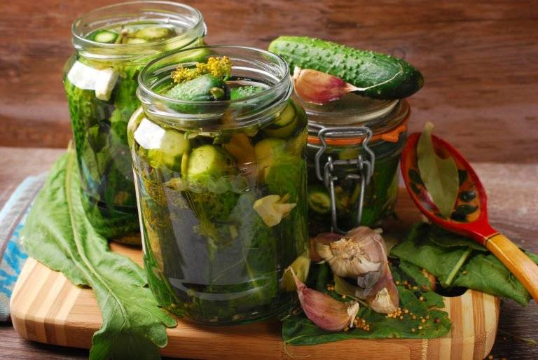 ТОП 3 рецепта приготовления огурцов в огурцах на зиму в домашних условиях