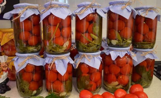 Как приготовить помидоры в собственном соку на зиму? рецепты — пальчики оближешь