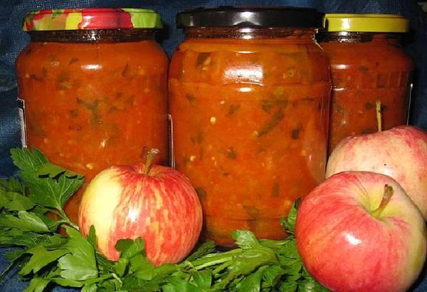 Аджика с яблоками на зиму — лучшие рецепты
