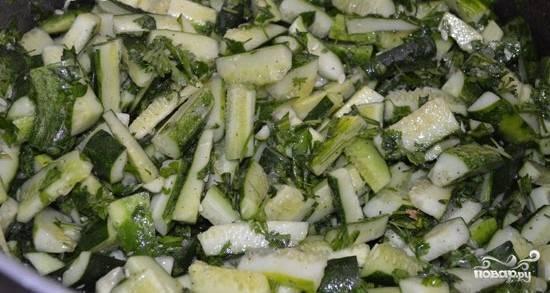 Салат из огурцов с луком на зиму