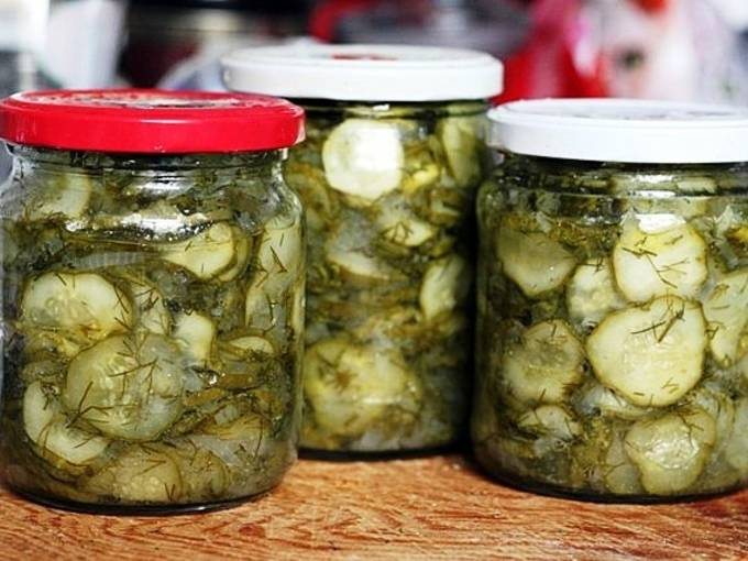 Салат из огурцов на зиму «пальчики оближешь» — 8 самых вкусных рецептов с фото