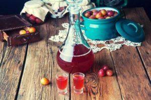 15 простых пошаговых рецептов, как в домашних условиях сделать вино из крыжовника