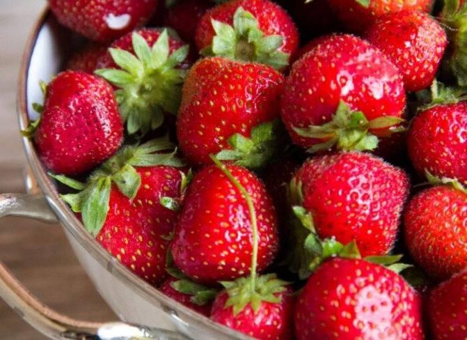 Варенье из клубники «5-минутка». 2 рецепта клубничного варенья с целыми ягодами