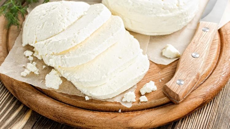 Ослиное молоко: чем полезно и чем вредно