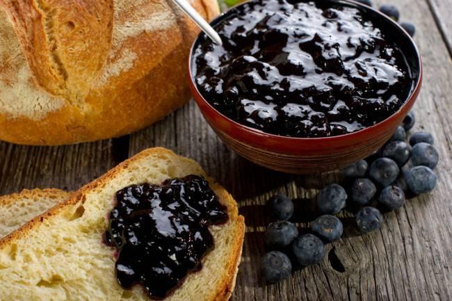 Как заготовить чернику на зиму?  варенье из черники – рецепты без варки
