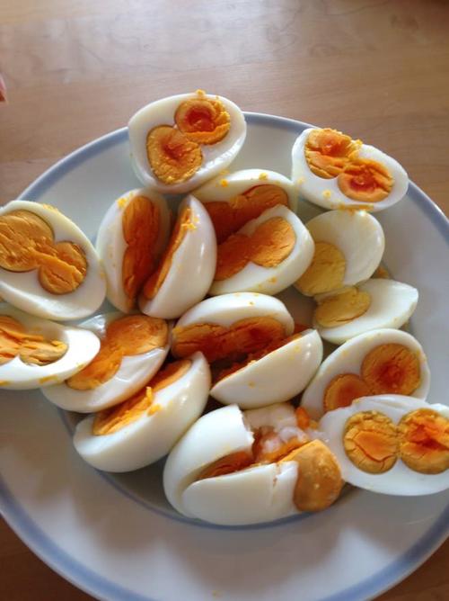 Причины дефектов куриных яиц