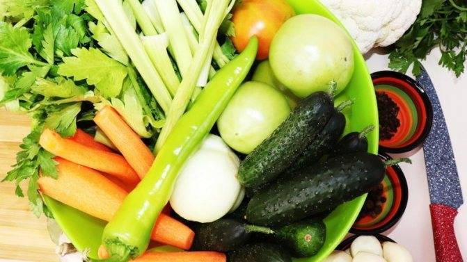 Маринованное ассорти из овощей на зиму