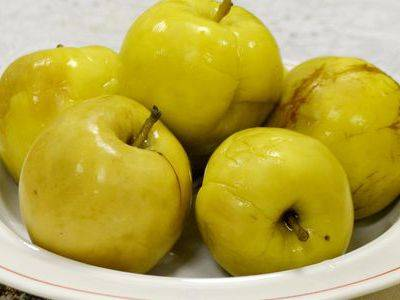 Мочёные яблоки, рецепт в домашних условиях в банках на зиму