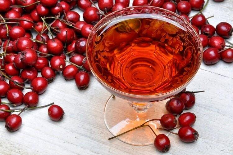 Вкусное вино из обыкновенного боярышника