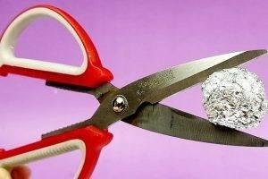 Как самостоятельно заточить разные виды парикмахерских ножниц?