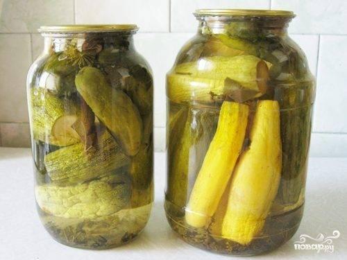 Помидоры с огурцами «ассорти» на зиму — 5 рецептов пальчики оближешь