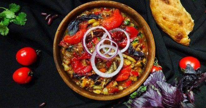 Аджапсандал или аджапсандали: кавказское блюдо из овощей