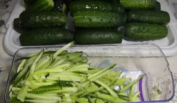 Салаты из огурцов на зиму — самые вкусные и простые рецепты