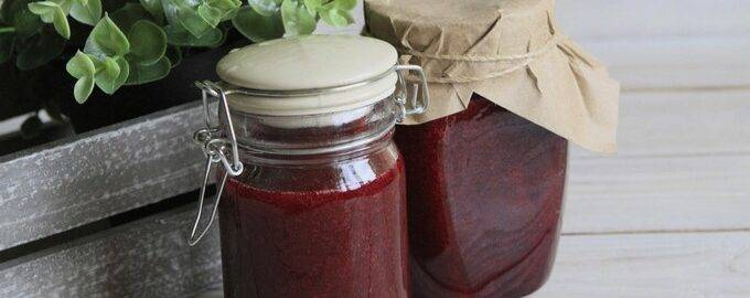 Простые рецепты желе из красной смородины на зиму