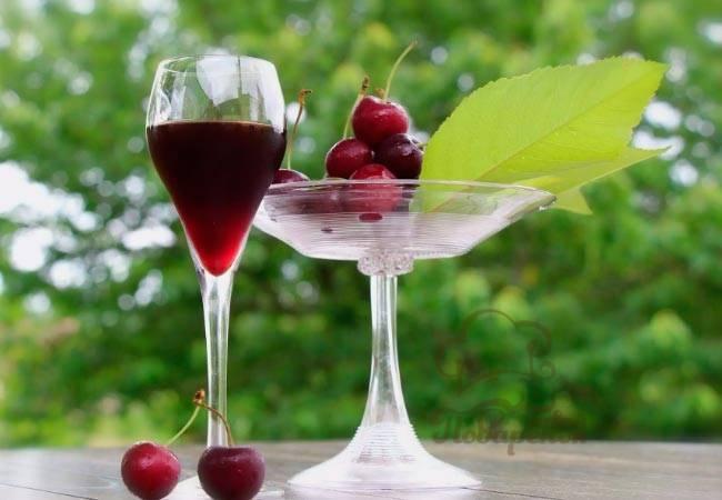 Как сделать кизиловое вино из дома