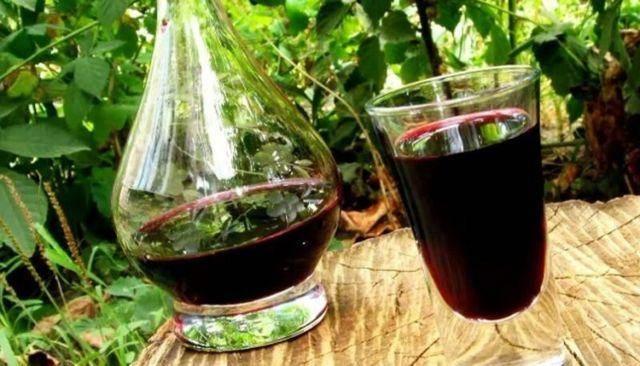 Домашнее вино из сухофруктов
