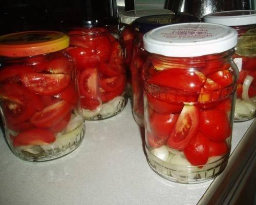 9 лучших пошаговых рецептов помидоров с луком и с маслом на зиму