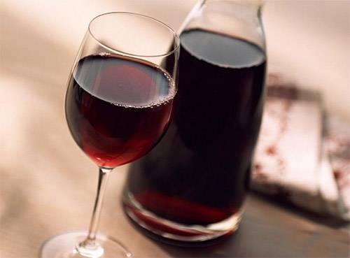 Простой рецепт домашнего ягодного вина: из смородины, крыжовника, малины, ирги, жимолости, терна