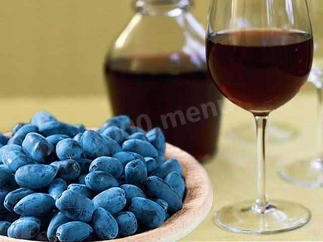 4 простых рецепта приготовления вина из жимолости в домашних условиях