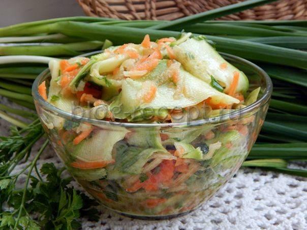 Вкусные и быстрые маринованные кабачки на зиму