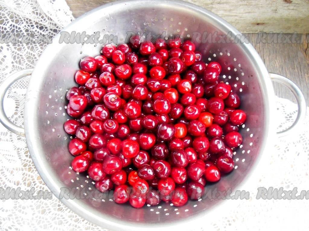 Компот из черешни на зиму: простые рецепты