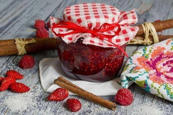 Рецепты приготовления варенья из ежевики